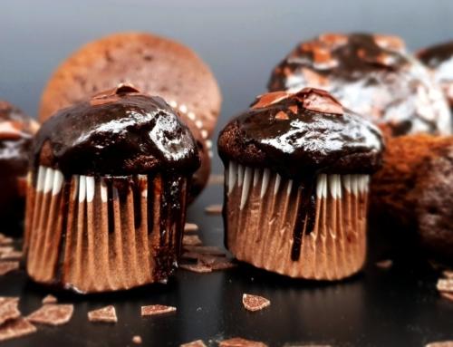 Podwójnie czekoladowe babeczki bezglutenowe – bez miksów