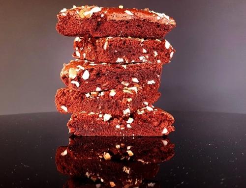 Szybkie brownie bezglutenowe z migdałami, z gotowego mixu