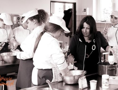 Przyszli kucharze i kelnerzy na kursie o diecie bezglutenowej