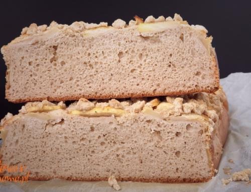 Drożdżowy placek gryczany bez glutenu, bez tłuszczu – pyszny
