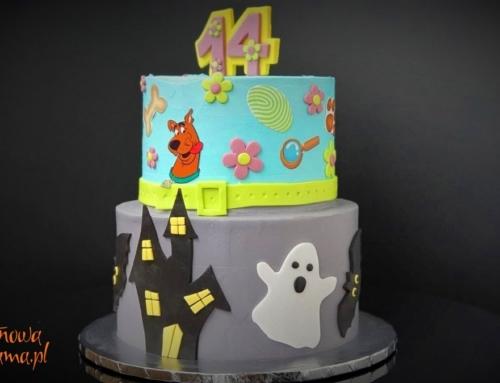 Fantazyjny tort bezglutenowy na urodziny nastolatki z celiakią